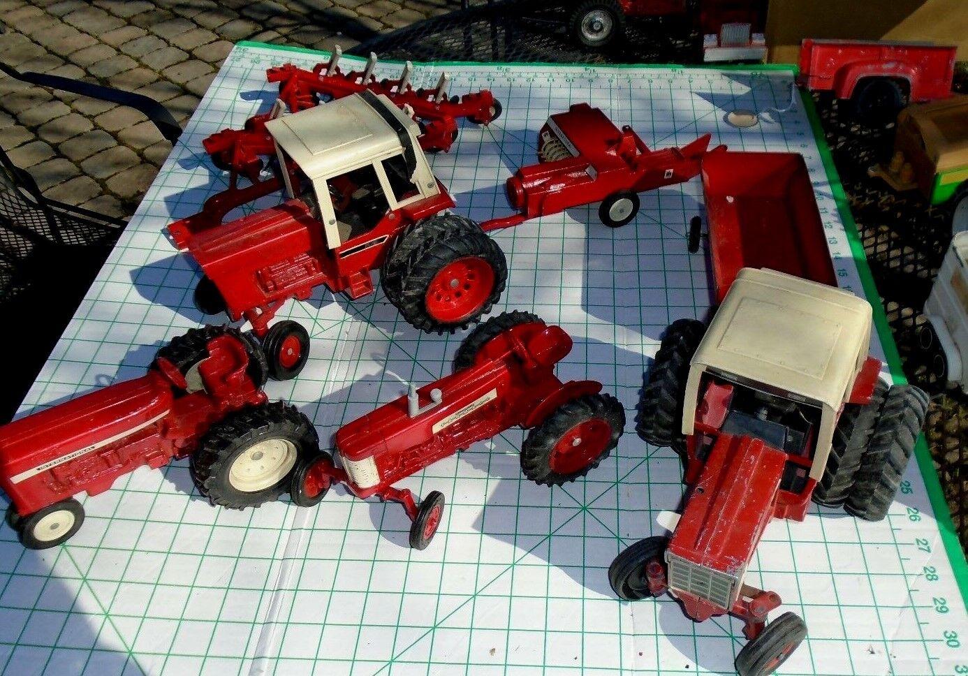 Consultez mes vieux ERTL Tracteurs 4 & Extras vous voulez voir tous ces beaucoup
