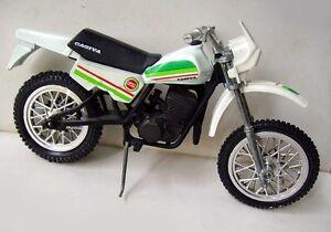 Polistil 1/15 - Moto Cagiva Lucky Explorer