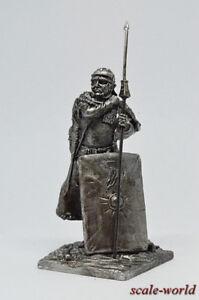 Tin-soldier-figure-Rome-Legionary-54-mm