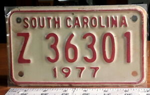 MOTORCYCLE-LICENSE-PLATE-SOUTH-CAROLINA-1977-nice-original-condition-as-shown