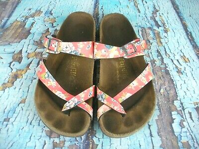 40 Temperate Papillio Tabora Red Floral Toe Loop Sandals Shoes Women's Size 9