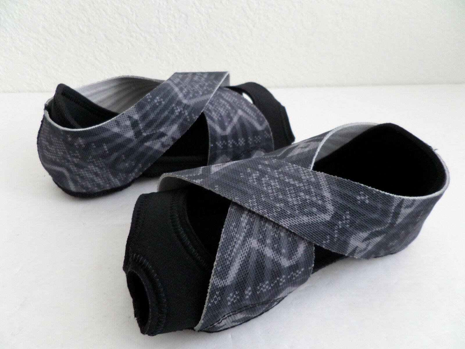 Nike Studio Wrap 3 Women's Training Shoe Yoga Dance Black Grey 684864 001