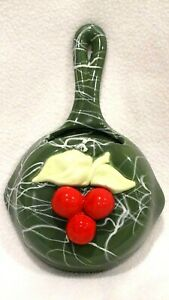 Vintage-1950-039-s-Green-Frying-Pan-with-Red-Cherries-Wall-Pocket-8-034-x-5-034-x-2-034