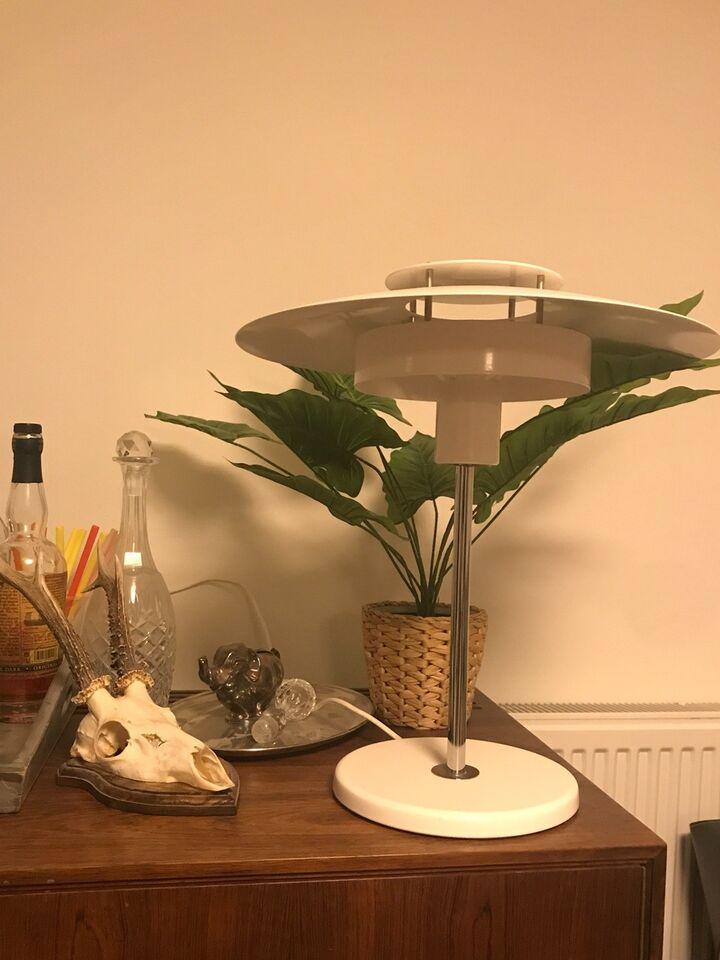 Arkitektlampe, LUXO
