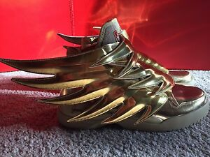 Bnib Limited Edition Jeremy Scott X Adidas Wings 3 0 Gold Size 11 Rare Sold Out Ebay