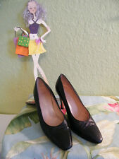 """AUTH GUCCI md ITALY CLASSIC BLACK LEATHER 3 1/4"""" HEEL  SZ 38 B= 8"""