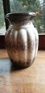 MIDCRNTURY-WEST-GERMAN-pottery-vase-15cm-tall