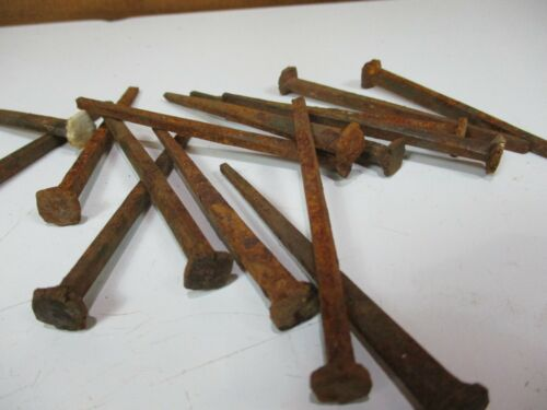 "QTY 15 ~ 3/"" SQUARE NAILS vintage 1890s antique rust patina ARCHITECTURAL SALVAGE"