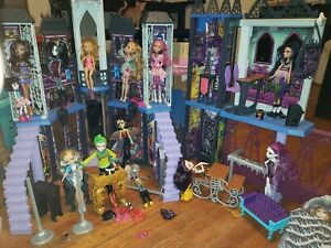 Huge-Monster-High-Doll-Lot-14-with-House-Furniture-accessories-amp-More