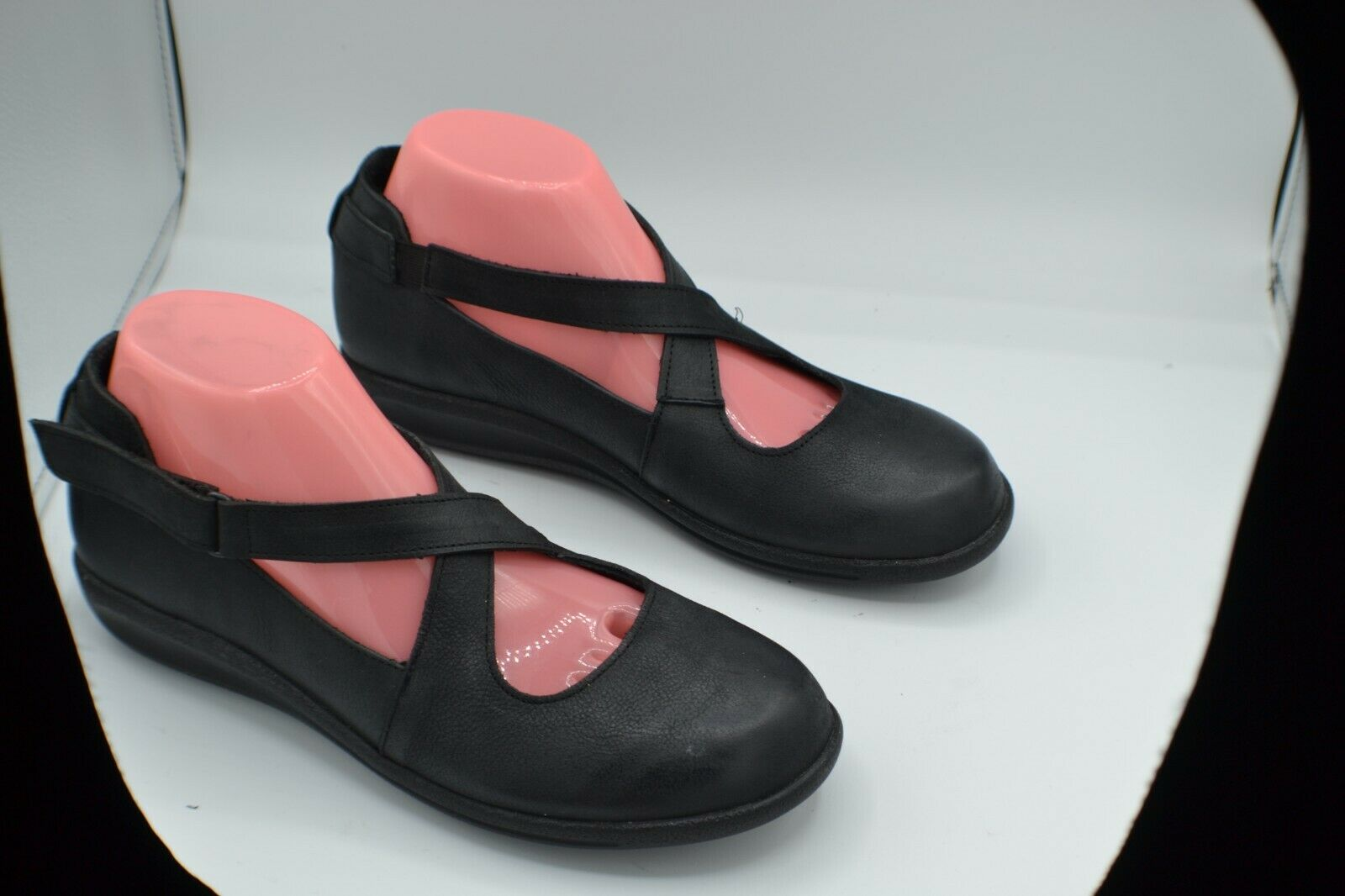 Sanita Sz 39/US 8.5--9 Black Nubuck Criss Cross Mary Jane Slip On Walking Shoes