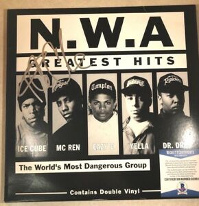 N-W-A-ICE-CUBE-034-Greatest-Hits-034-Signed-Vinyl-Record-Album-BECKETT-G13363
