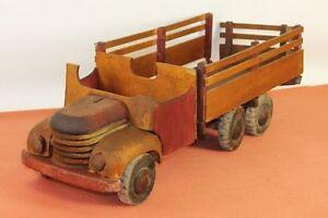 Camion En Bois. Dejou. France. Circa 1930.