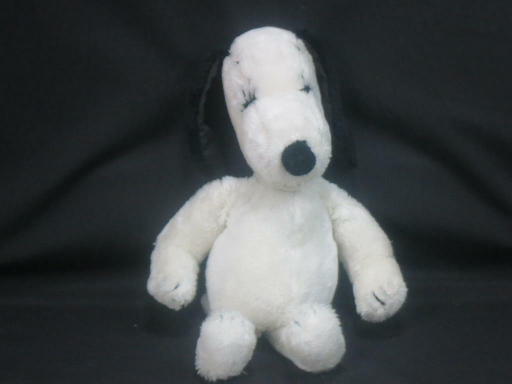 BELLE UNITED FEATURE ARTISTS PEANUTS SNOOPY GIRL FRIEND DOG VINTAGE 1968 PLUSH