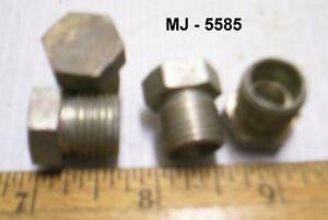 Lot-of-4-Metal-Plugs-NOS