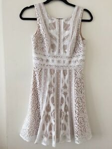 6ab46cca8d2 Image is loading BCBGMAXAZRIA-White-Nude-Lace-Dress-Size-0