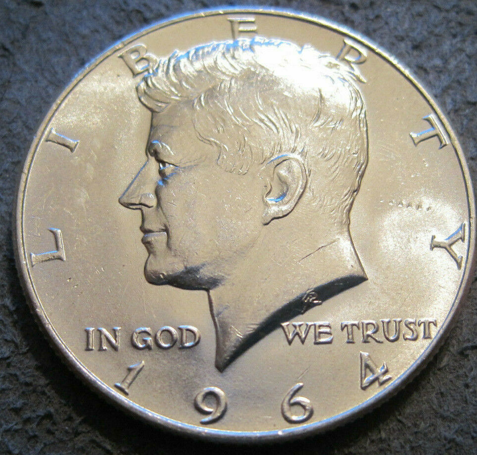 1981-P Kennedy Half  FREE SHIPPING ON OTHER COINS BOUGHT AT THE SAME TIME
