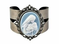 Mother's Kiss Cameo Bangle Bracelet (yc764) Gift Boxed