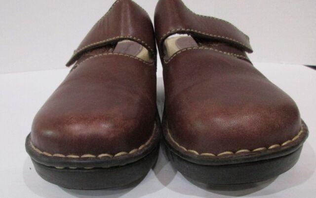 Cute Light TAN /& White Full Body Light Brown Feet Dog Holey Clog Shoe Charms