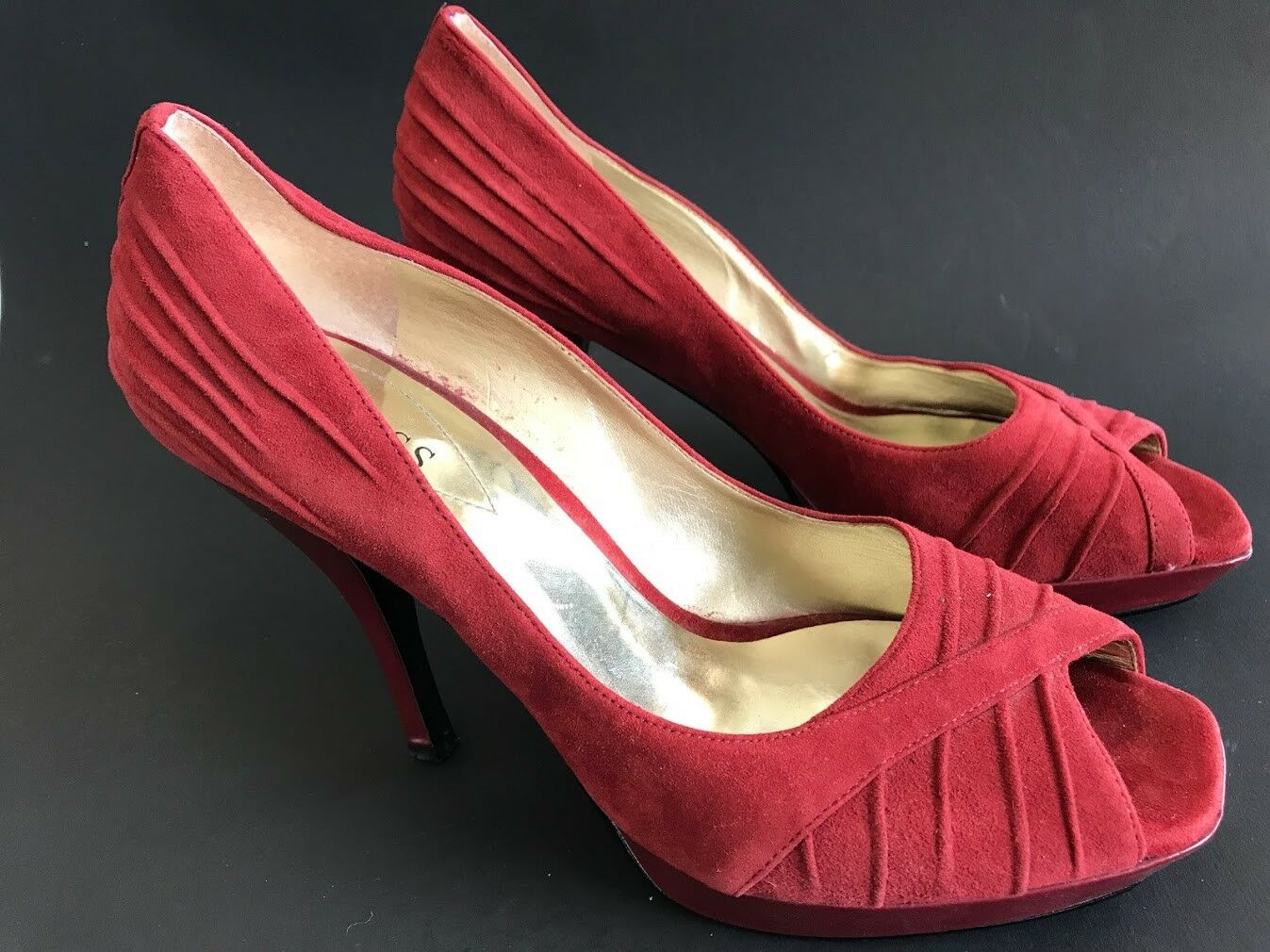 GUESS Wgaliza Red Suede Leather Platform Peep Toe Heels Pumps shoes Women's 8.5