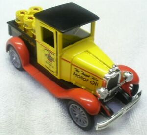 Vintage-NEW-RAY-1-32-Diecast-1928-Yellow-Chevy-Pick-Up-Pennzoil-China-LN