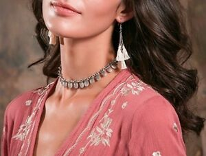 Antique-Silver-or-Gold-Plated-Metal-Oval-Fringe-Choker-Bib-Boho-Style-Necklace
