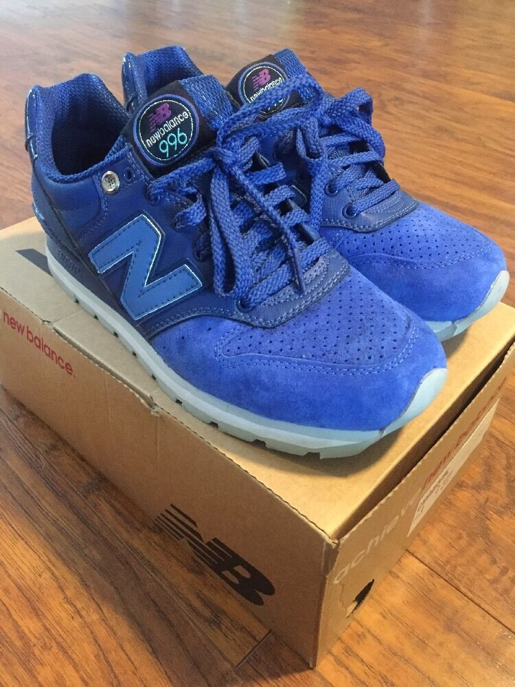 New Balance CM996MBK blueE SIZE 8 US USED