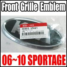 Genuine   KIA SPORTAGE 06-10 Front KIA Grille Emblem ( LOGO -KIA) Oem 863531F021