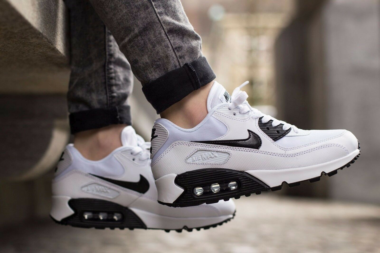 57bd884a4da1 Nike Air Max 90 Essential Size 9 Black White 616730-110 Womens ...