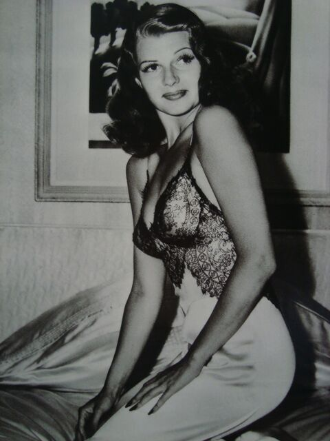 RITA HAYWORTH AMERICAN GI S FAVORITE LIFE MAGAZINE 1941 PHOTO 4X6 GLOSSY PAPER