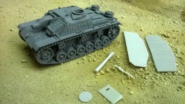 1 48 German StuH 42 In Zimmerit Blitzkrieg Miniatures WWII Bolt Action BNIB