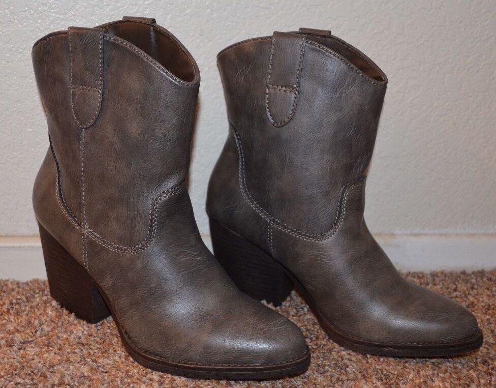 NEU  Madden girl Damens GREY Western Stiefel / Größe 6.5 / 7 / 7.5 M / 3