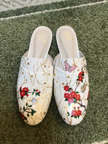 Alepel Handpanted Flowers - Mule Shoe - Women 8