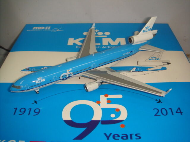 JC Wings 400 KLM Royal Dutch Airlines MD-11  95th Anniversary Scheme  1 400