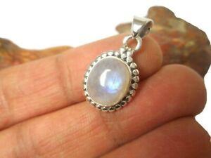 Fiery-Oval-Moonstone-Sterling-Silver-925-Gemstone-Pendant