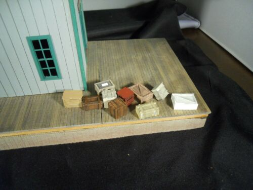 10 Crates  painted and weathered S Sn3 JEB Mfg S102