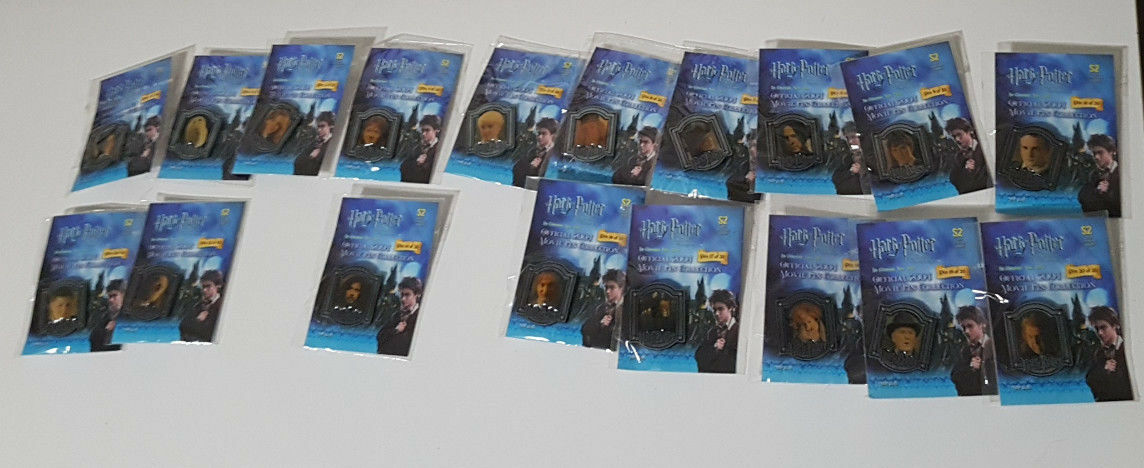 HARRY POTTER OFFICIAL 2004 MOVIE PIN Sammlung FROM NEWSPAPER  COMPLETE SET
