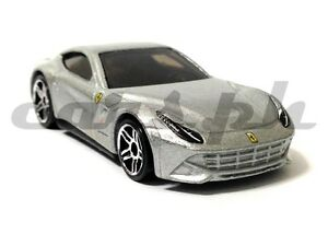 Hot-Wheels-Ferrari-F12-Berlinetta-Loose