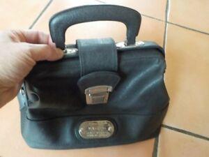 Pochette Sacoche 18 Main Cm Avec X Sac Noir Petit Format Poignée 22 À Pratique 0wYqUxa