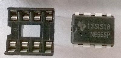 5 x NE555 Timer Chips + 5 x IC Sockets FREE POSTAGE