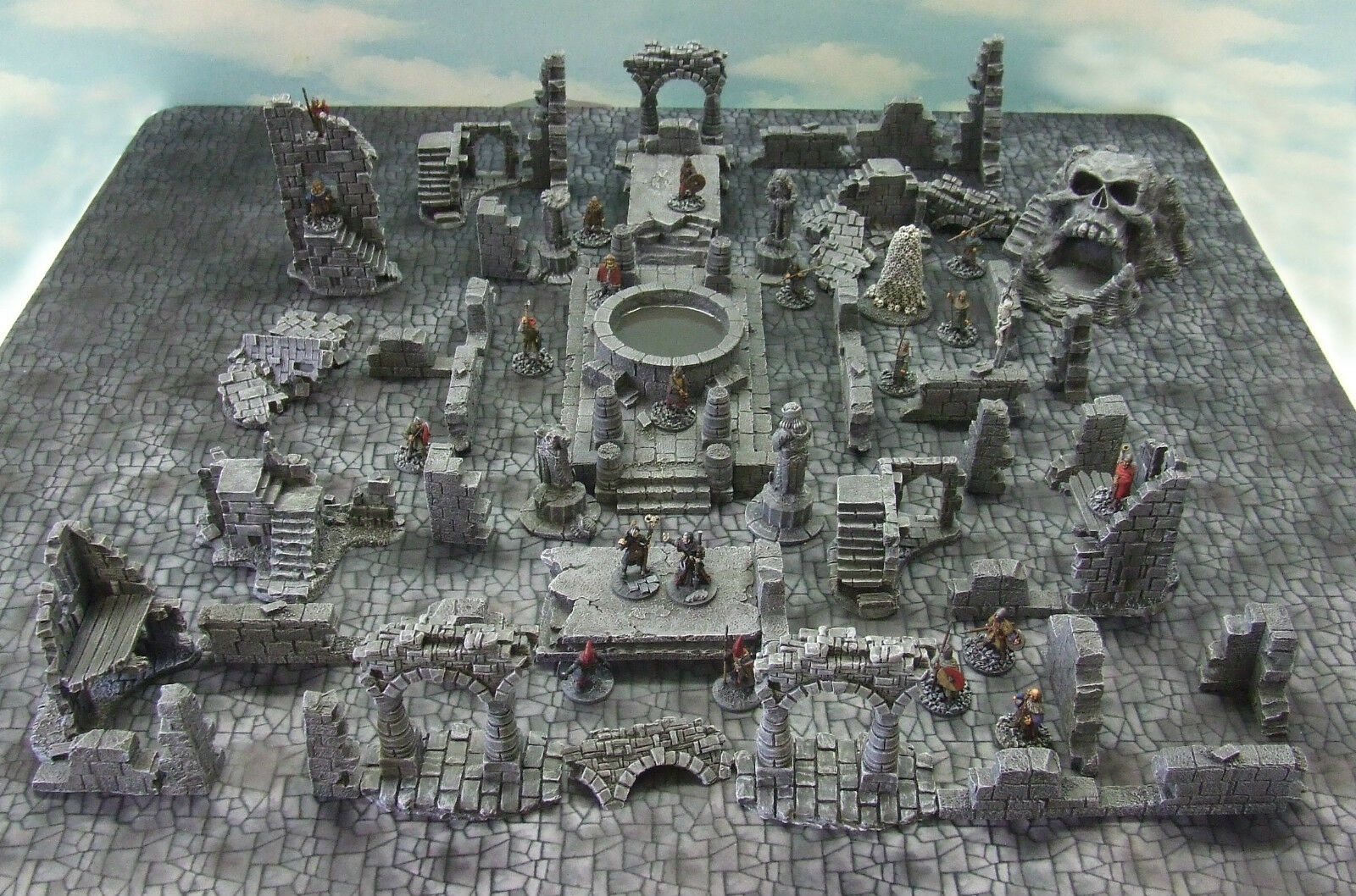FROSTGRAVE (suited) - - - 'RUINED FROZEN CITY'  - PAINTED TO COLLECTOR'S STANDARD 31a10c