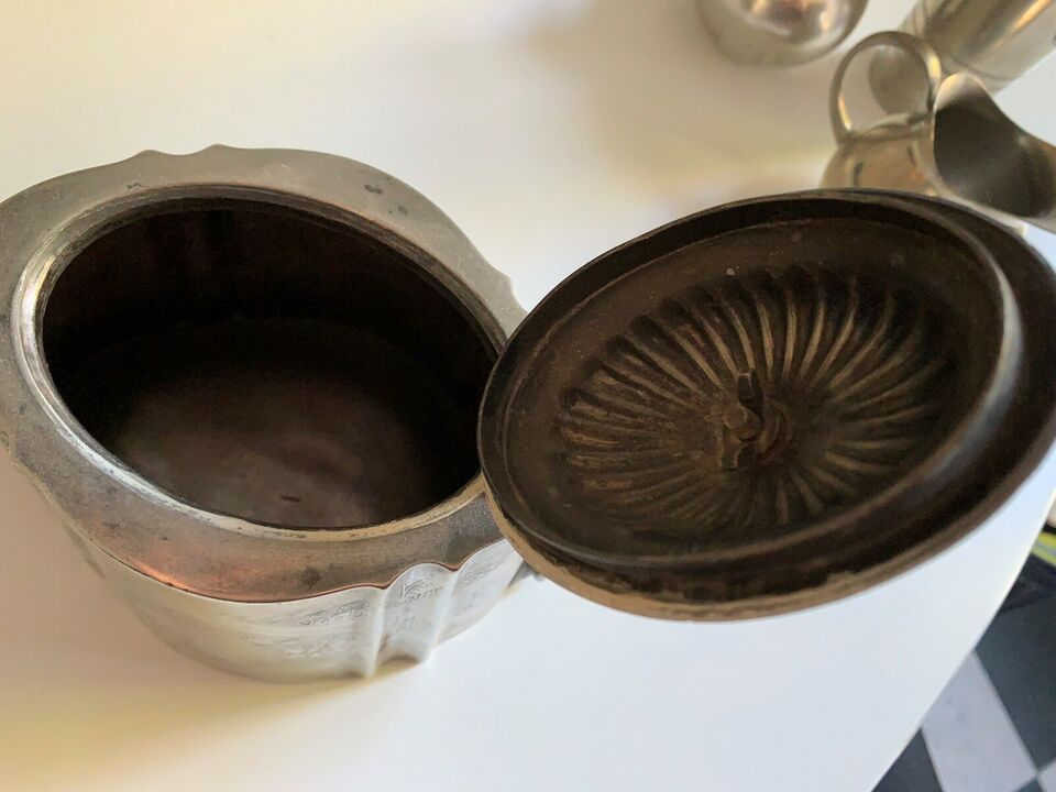 Tin, Kaffekande , NEDSAT Mønstret