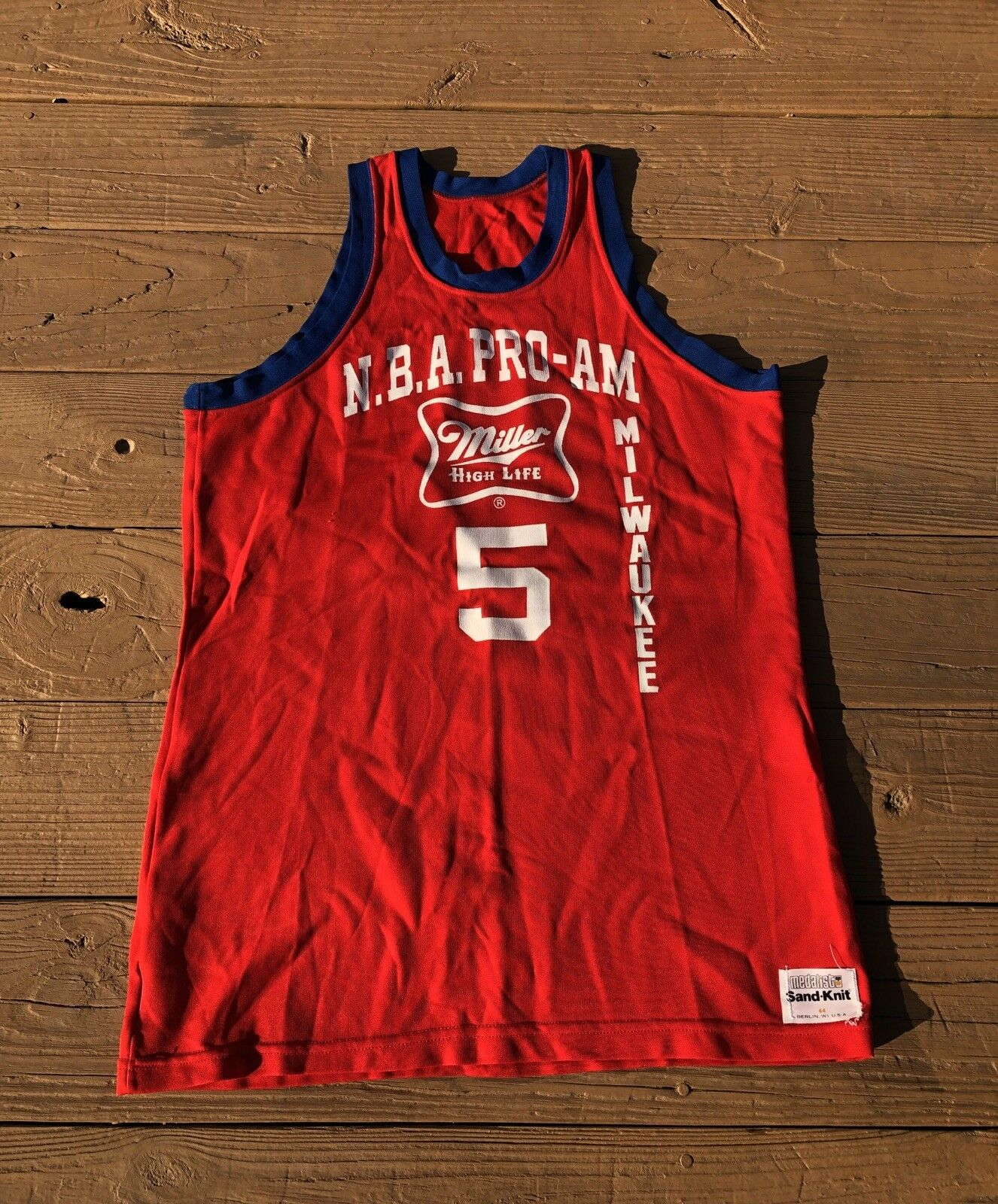 Vintage NBA Pro Am Sand Knit Jersey Miller High Life Milwaukee Size 44 Red