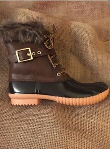 Womens-Fur-Lined-Brown-Duck-Boots-With-Side-Zipper-Size-10