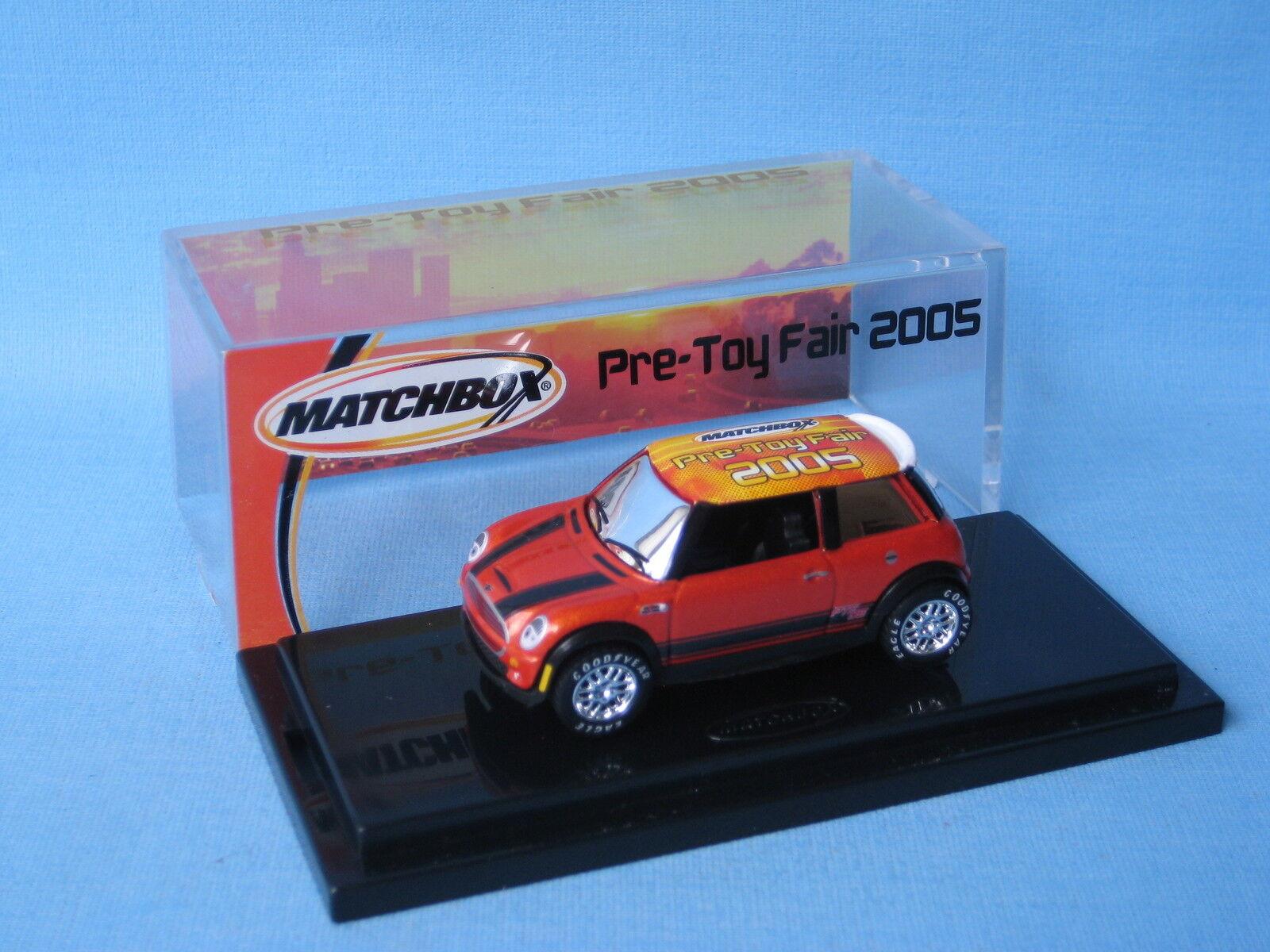 Matchbox Mini Cooper Cooper Cooper Pre-Toy Fair 2005 Display Boxed Toy Model 60mm ef1022