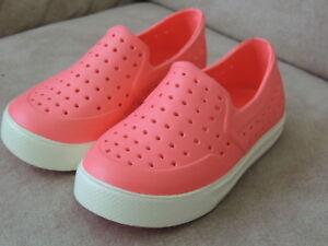NWT Baby Girls Shoe Sz 5-6 * BABY GAP