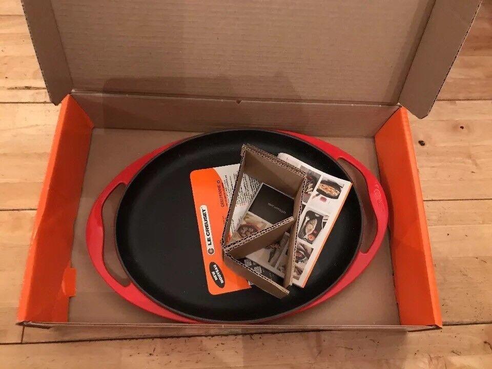 Le Creuset 31 cm en fonte ovale Sizzle Platter-Cerise (Nouveau)