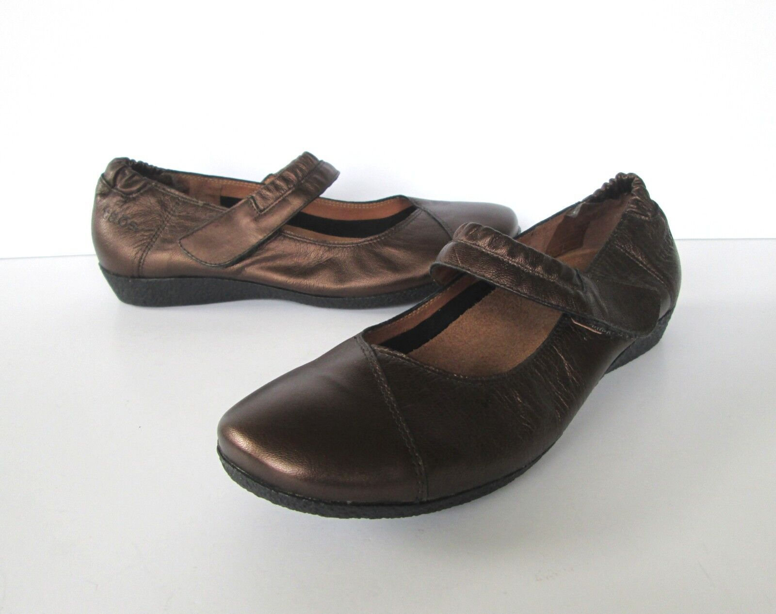 Taos Womens Copper Brown Metallic Leather Mary Jane style shoes 39 or 8 to 8.5 M