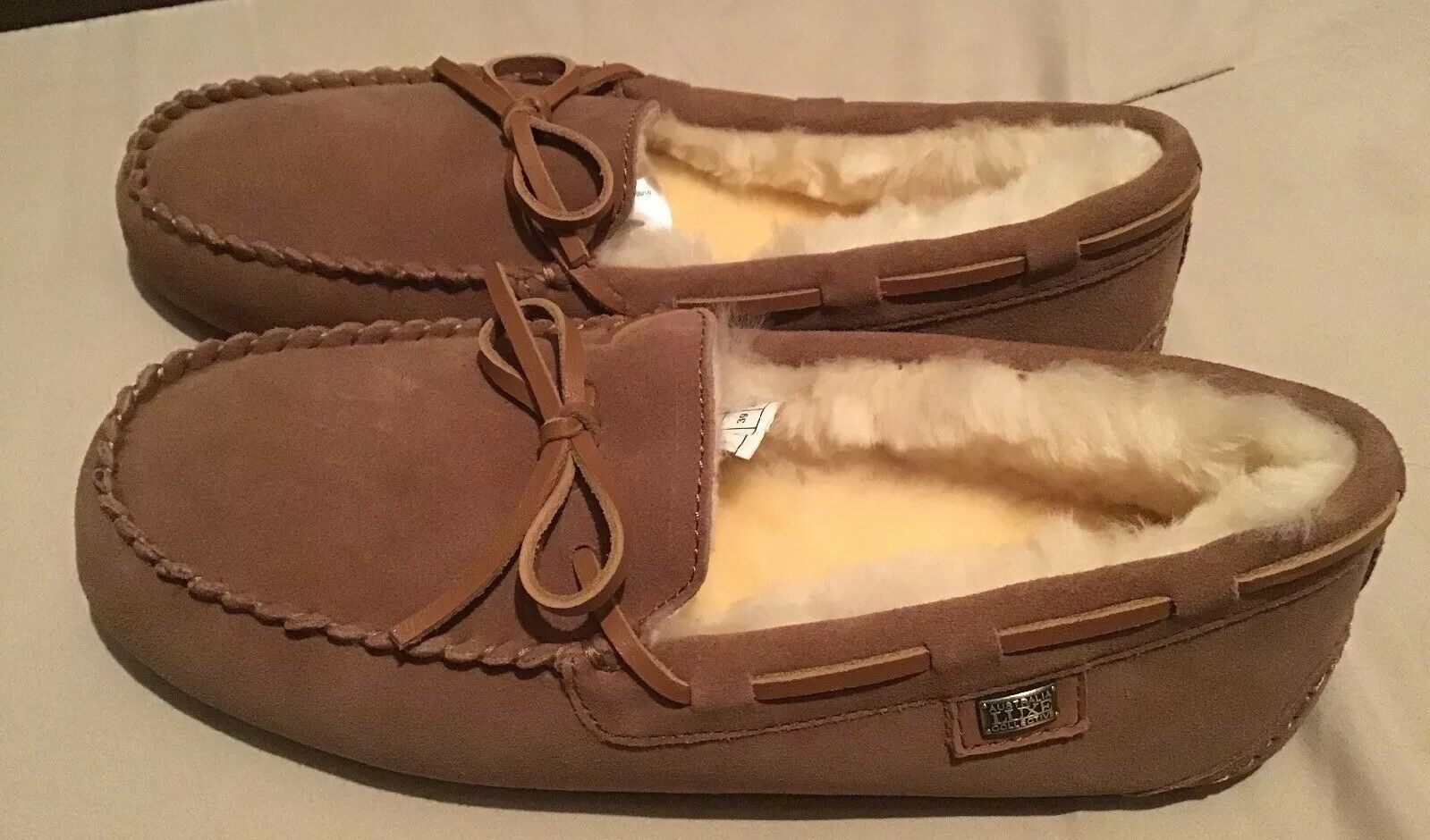 NEW AUSTRALIA LUXE COLLECTION PROST SUEDE MOCCASIN SLIPPER-CHESTNUT- SIZE 8