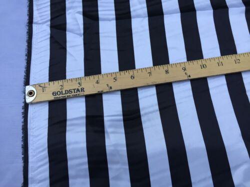 Noir//Blanc 1 in environ 2.54 cm À Rayures Doux//Soyeux Charmeuse Satin Tissu vendu par la cour.