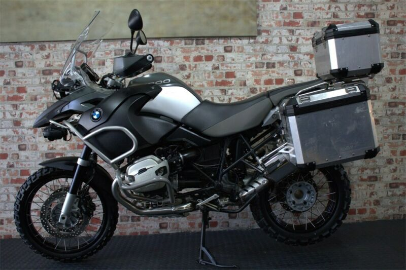 NEW STOCK....2011 BMW R1200 ADVENTURE WITH ONLY 30000km !- GS BIKE TRADERS